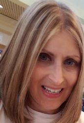 Advisor Beth Lynne